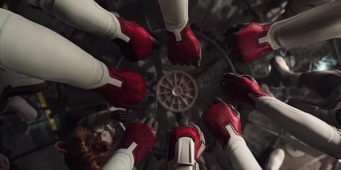 Witte pakken in Avengers Endgame