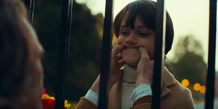 Dante Pereira-Olson als jonge Bruce Wayne