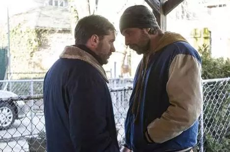 Tom Hardy en Matthias Schoenaerts in The Drop