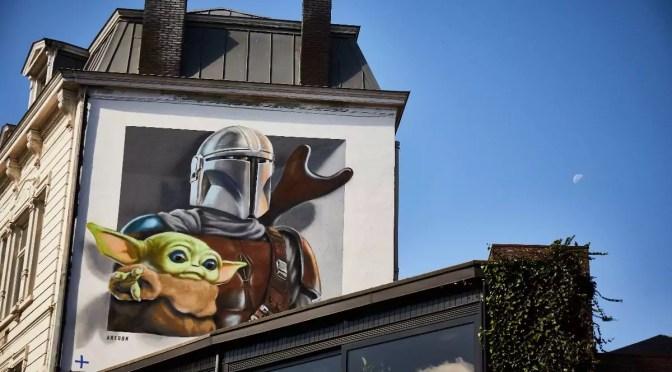Hier is het dan: Disney Plus België met graffiti en al!