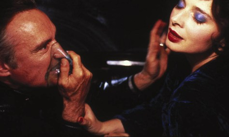 https://i1.wp.com/www.moviescramble.co.uk/wp-content/uploads/2016/11/Blue-Velvet-featured.jpg?w=474