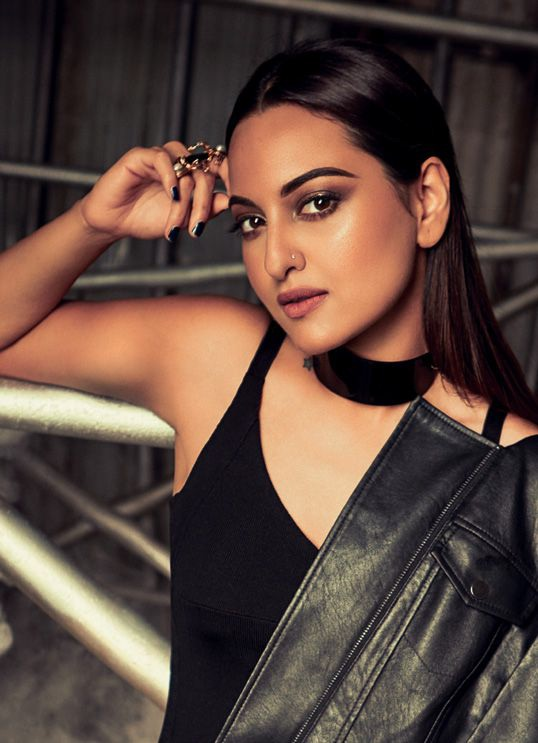 Sonakshi Sinha Cosmopolitan Shoot India Magazine November 2016 Image 2