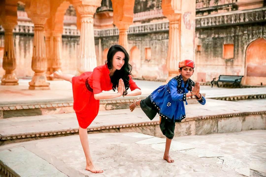 Kung Fu Yoga Miya Muqi