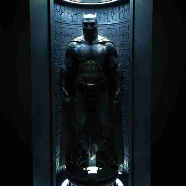 batman-costume-affleck