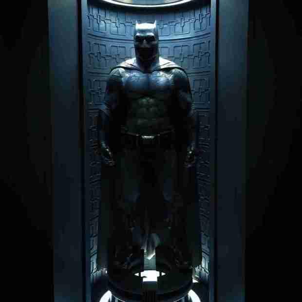 batman-costume-affleck