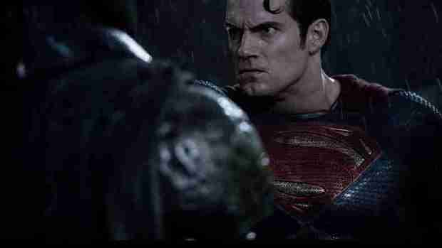 Batman-V-Superman-Dawn-of-Justice-Herny-Cavill-as-Superman1