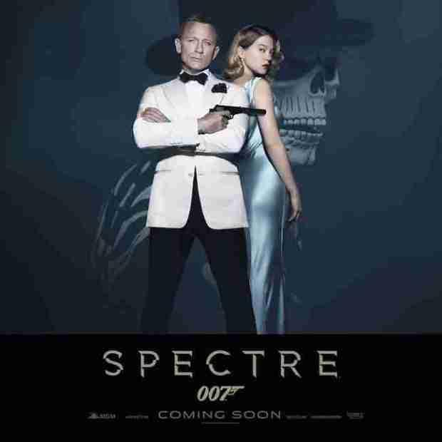 spectre-standee-007