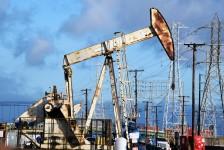 oil-derrick-scene