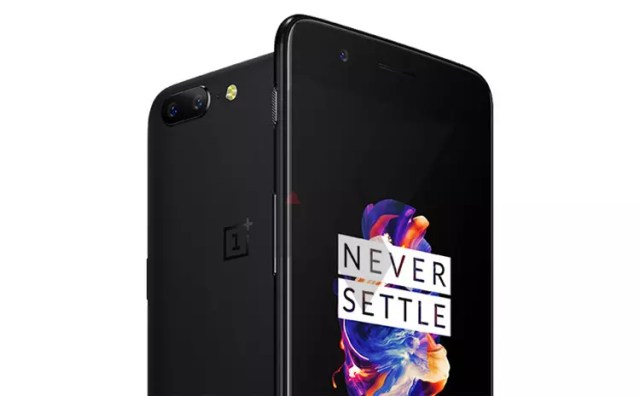 Diseño final del OnePlus℗ 5 en color negro