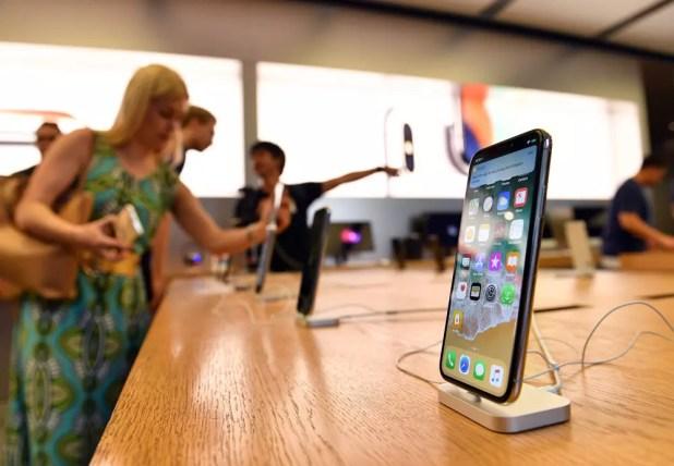 iPhone X en un stand de Apple