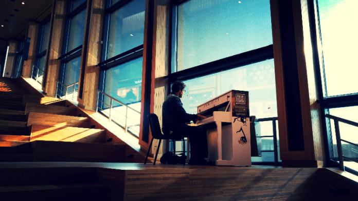 Misprijs nooit een banaal drama, er kan muziek in zitten, dan is het een melodrama. Johan Anthierens