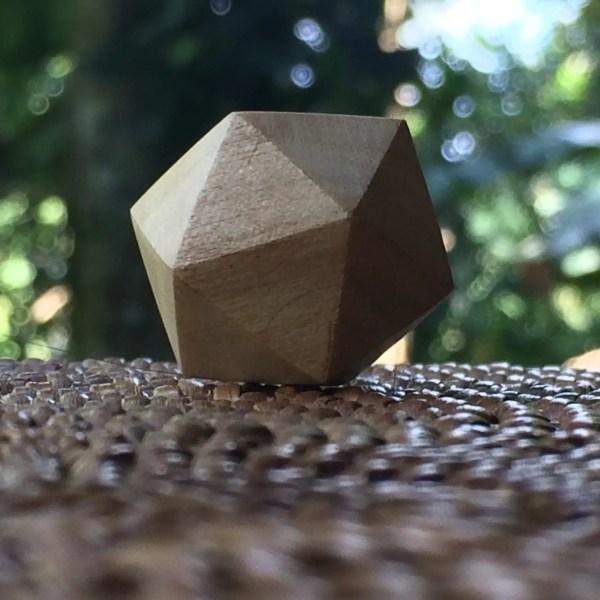 icosaedro de madera