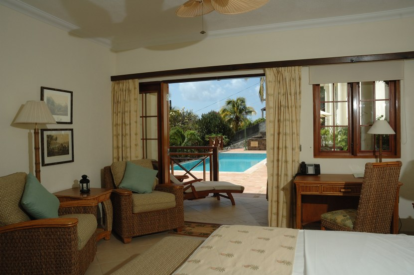 Classic Pool and Sea View room view