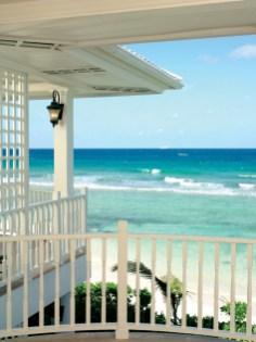 Hibiscus Suite Balcony