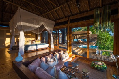 Bed, lounge and plunge pool