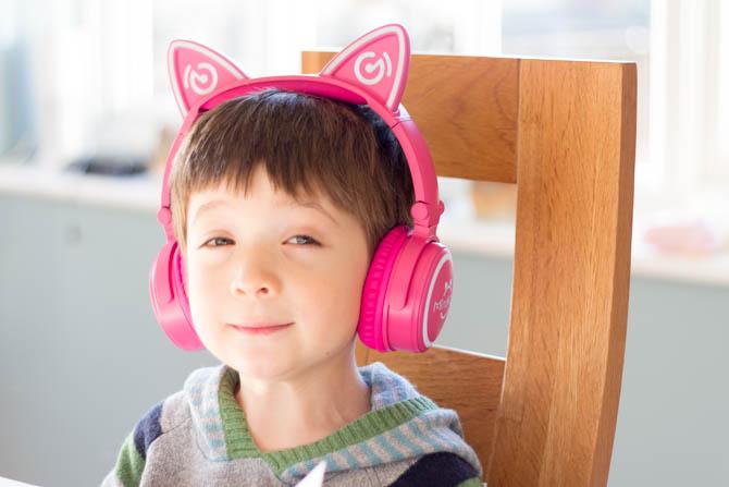 Mindkoo Unicat Cat Ear Kopfhörer: Süß und sie leuchten Unicat Mindkoo groß für Kinder