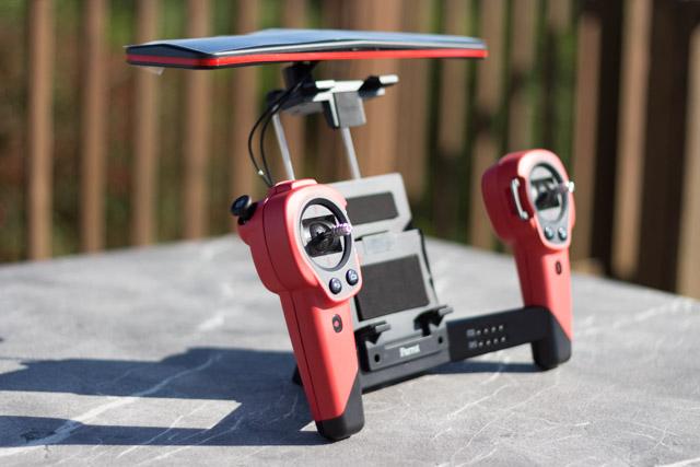 drone bebop et contrôleur ciel - vue d'ensemble du contrôleur ciel