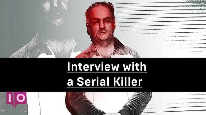 entretien avec un écran de titre de tueur en série
