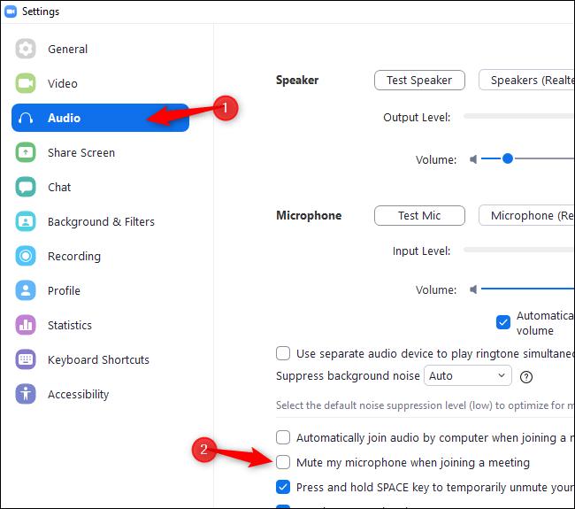 """Sélectionnez """"Audio"""" et activez """"Désactiver mon microphone lors de la participation à une réunion"""" dans les paramètres de zoom"""