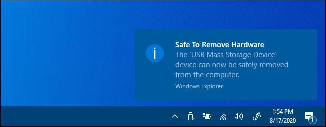 """Une notification """"Supprimer le matériel en toute sécurité"""" dans Windows 10."""