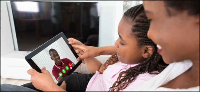 Familien-Video-Chat auf dem Tablet