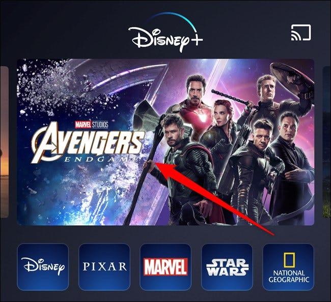 Aplicación Disney + Seleccionar una película