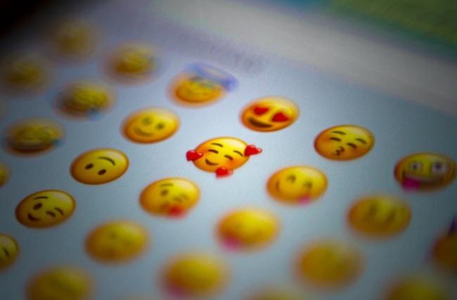Comment afficher les émoticônes iPhone sur le clavier Android