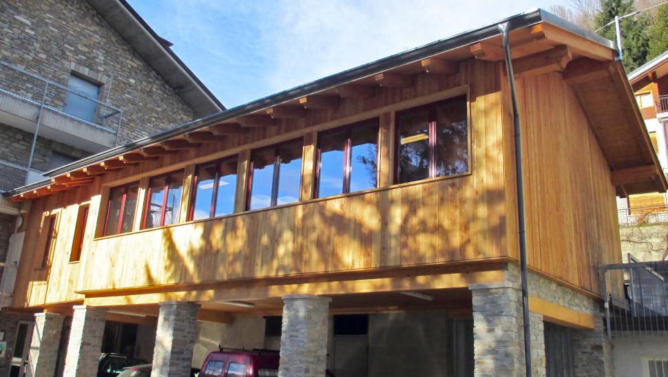 Sopraelevazione in legno residenza anziani a Sampeyre, Cuneo - facciata