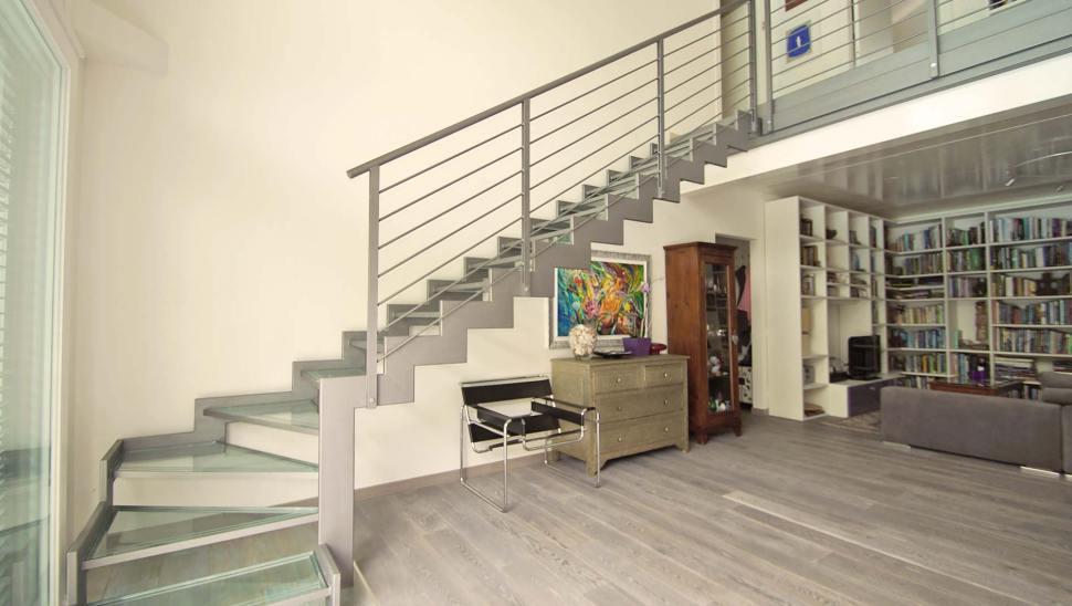 Villa in legno a due piani a Giaveno - interno
