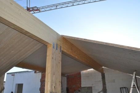 Tetto in legno BBS per edificio 600mq - cantiere
