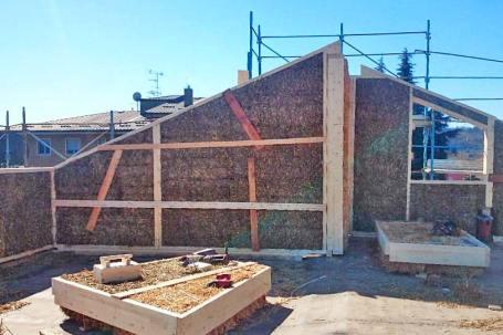 Case in paglia - sopraelevazione in legno e paglia ad Arona - Cantiere 02