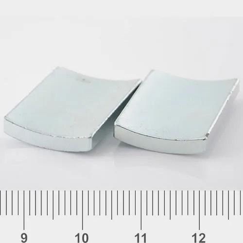 Strong Arc Magnet Znic Coating N45H