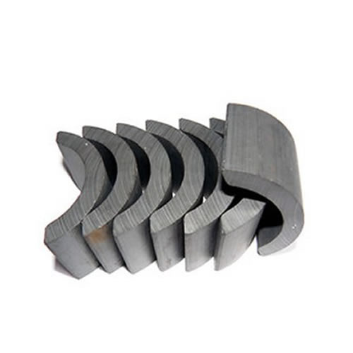 China Standard Ferrite Arc Magnet