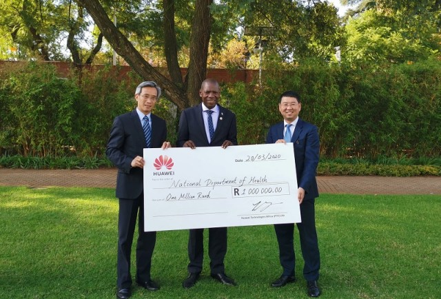 Covid-19 Donation_Chinese Ambassador, Lin Songtian_ Health Minister, Dr Zweli Mkhize_ Huawei SA CEO, Spawn Fan
