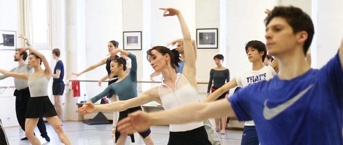 [VIDEO] Dans les coulisses du Ballet du Rhin