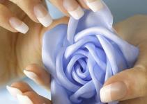 Jak ładnie pomalować paznokcie