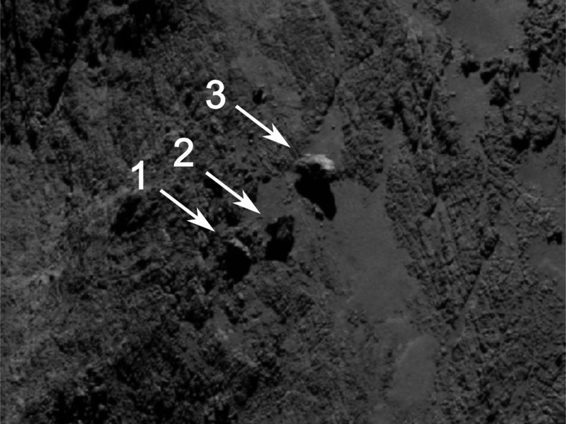 Scientists from Rosetta's OSIRIS team have discovered an extraordinary formation on the larger lobe of comet 67P/Churyumov-Gerasimenko in the Aker region.