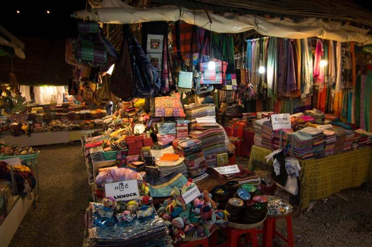 吴哥夜市 - Angkor night market