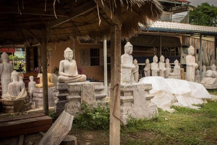 柬埔寨石雕村落