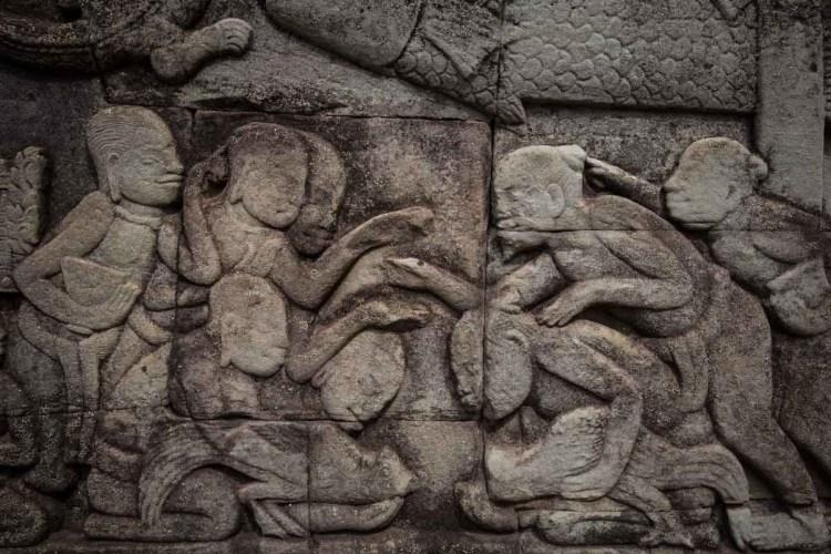 中国人与高棉人斗鸡浮雕