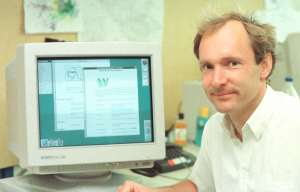 Tim Berners-Lee am CERN (1993) - Foto: Copyright CERN