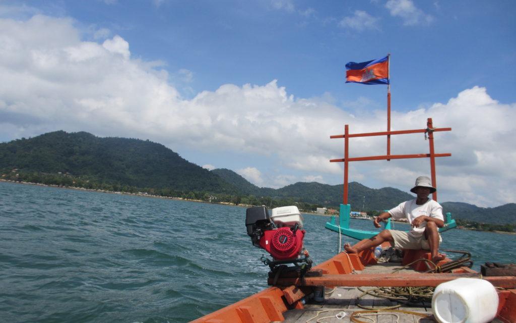 More than tuk tuks - long boat in Cambodia