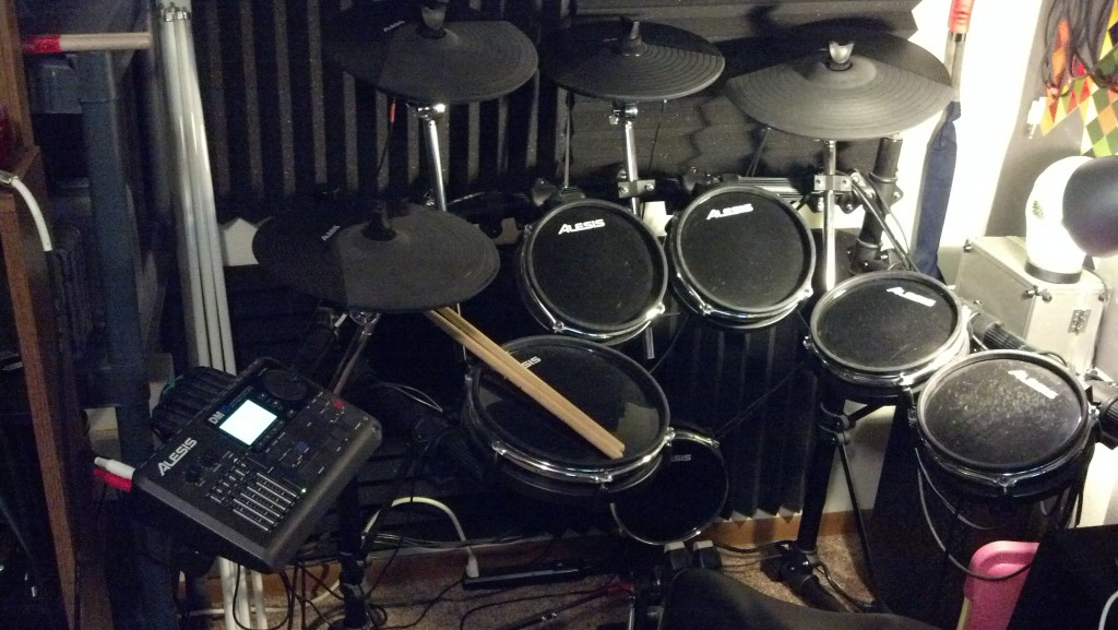 Hands on Review  The Alesis DM10 Studio Electronic Drum Kit   Mr     Alesis DM10 Drum Kit Toms and Cymbals