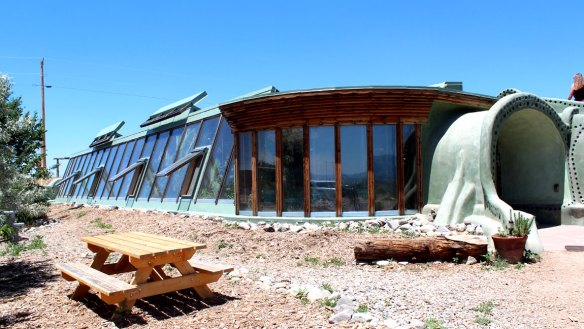 Taos_New_Mexico_Earthship_Tour