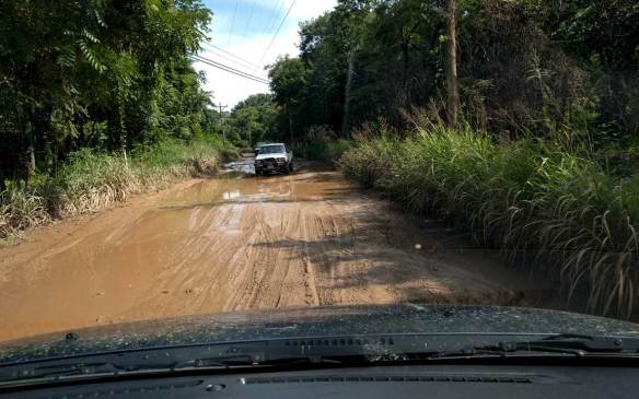 dirt-roads-guanacaste-costa-rica