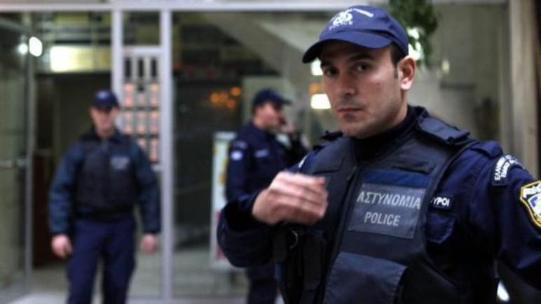 اليونان: اشتباكات بين الشرطة وسكان جزيرتي ليسبوس وخيوس بسبب بناء مراكز لاحتضان مهاجرين