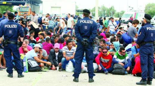 المهاجرون في وضع هش بمواجهة فيروس كورونا من ألمانيا إلى اليونان