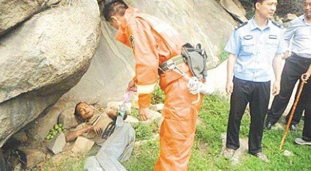 uomo sopravvissuto 640x352 - Cina, uomo sopravvive per 13 giorni nutrendosi di insetti