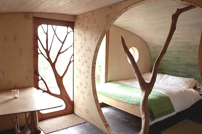 Living Room Treehouse, Wales