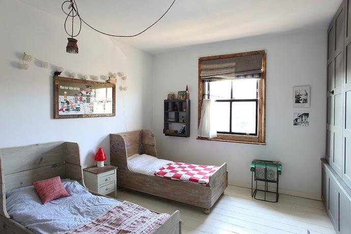 Fairytale kids room
